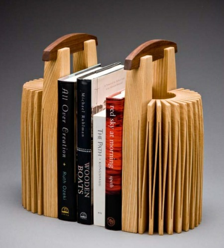 These Bookends Are Made Of Wood And That Makes Them Both Eco Friendly And  Good For The Eye, As Wood Always Looks Better Than Plastic For Example.