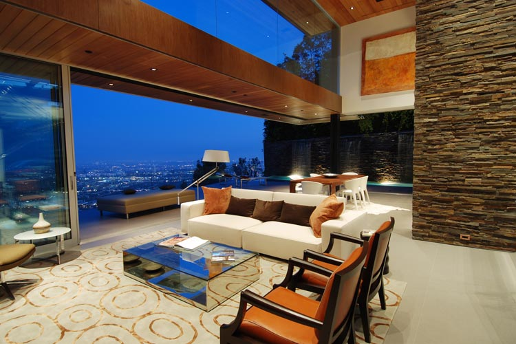 Luxury LA Property With Stunning Views