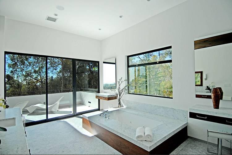 Peaceful Retreat In Brentwood Park Beverly Hills - Luxury-property-in-brentwood-park-beverly-hills