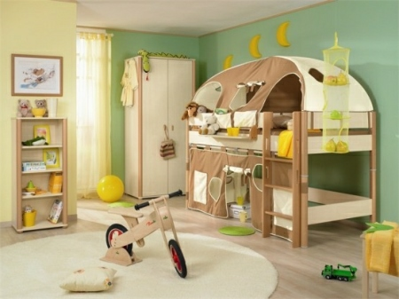 Funny-Play-beds-for-cool-kids-room-design-by-Paidi-3-554x415