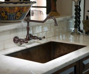 Choosing The Right Faucet For Your Kitchen Or Bathroom