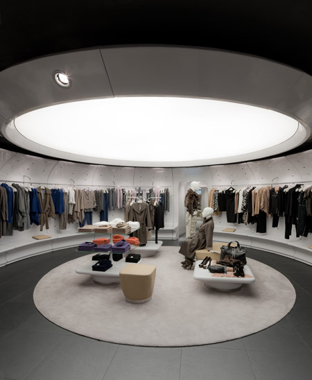 Stefanel store by Sybarite