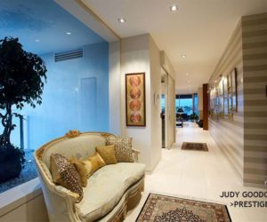 Another Apartment in Macquarie Street,Teneriffe