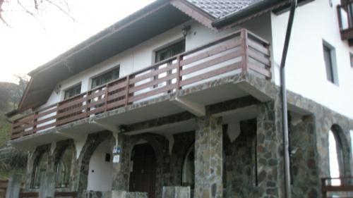 business center bran4