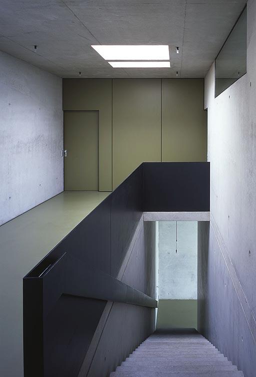 Bunker Residential Prefab House3