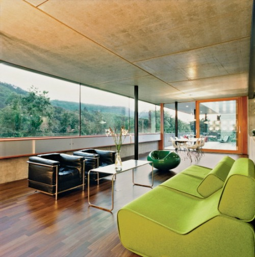Concrete Prefab House in Switzerland4