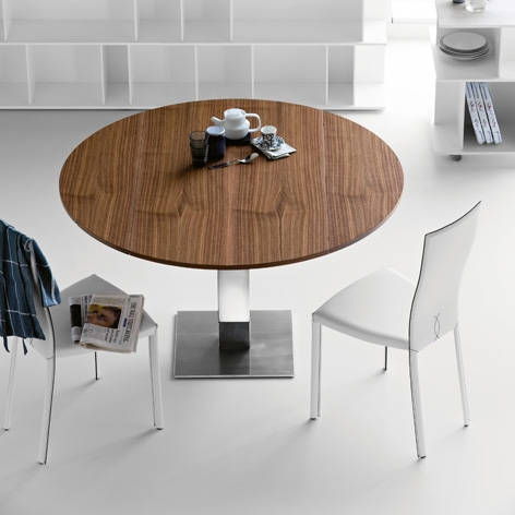 Modern-wood-top-dining-table-Elvis-by-Cattelan-1