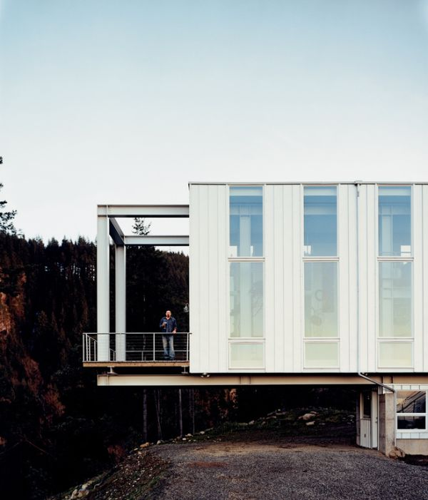 12 Best Prefab Homes Around The World