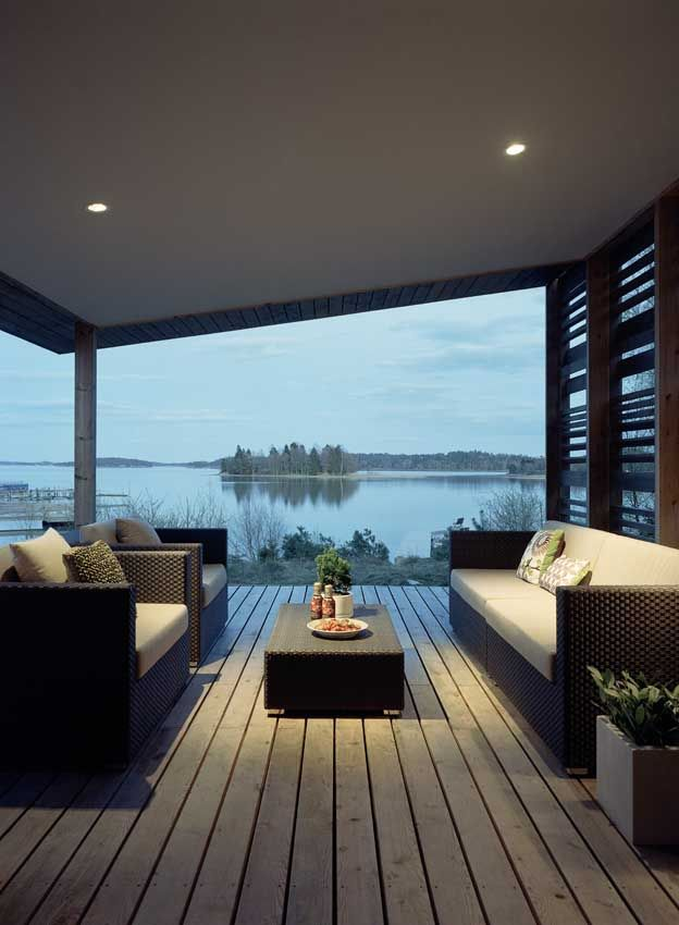 H-House by Widjedal Racki Bergerhoff lake view