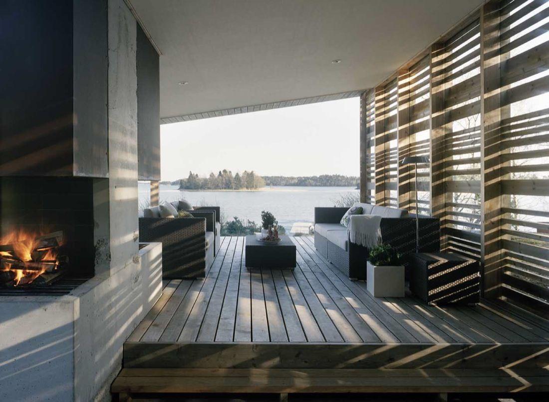H-House by Widjedal Racki Bergerhoff porch