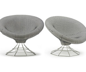 ... Magnolia Lounge Chair By Artifort