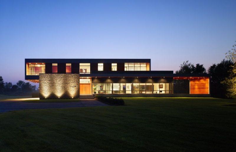 Niagara Falls Ontario House by Zerafa Architecture Studio