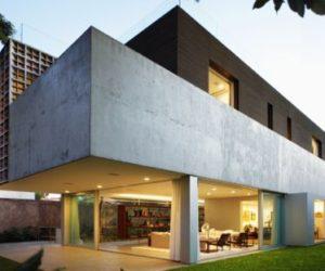 Isay Weinfeld Arquitecto's Sumaré House