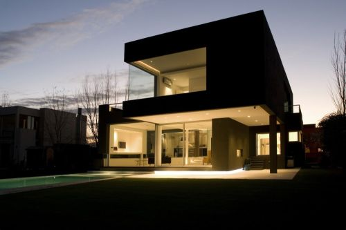 The Black House by Andres Remy Arquitectos20