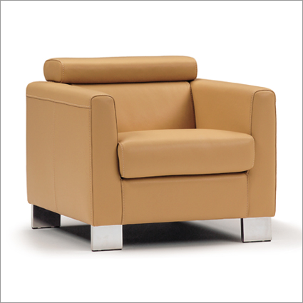 Prime Calia Italia Leather Armchair Beatyapartments Chair Design Images Beatyapartmentscom