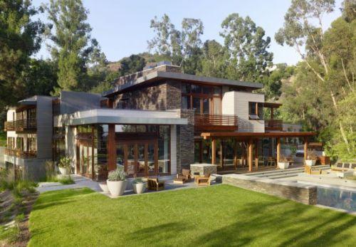 beautifully built irregular shaped house. Black Bedroom Furniture Sets. Home Design Ideas