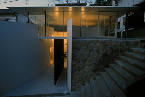 Clover House made Katsuhiro Miyamoto & Associates Dig Deep