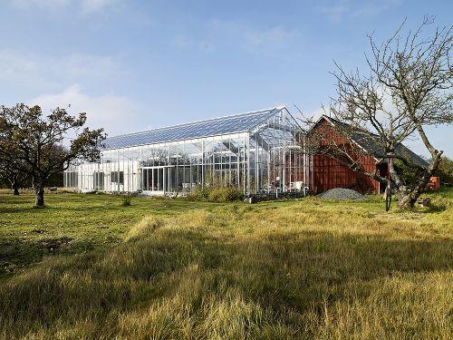 Eco Friendly Glass House In Unit Arkitektur AB