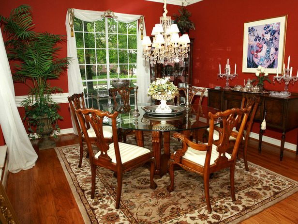 View In Gallery A Dining Table