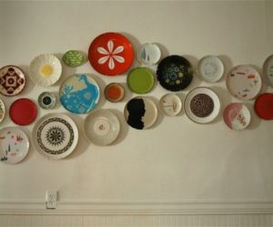 Decorate Walls with Ceramic Plates