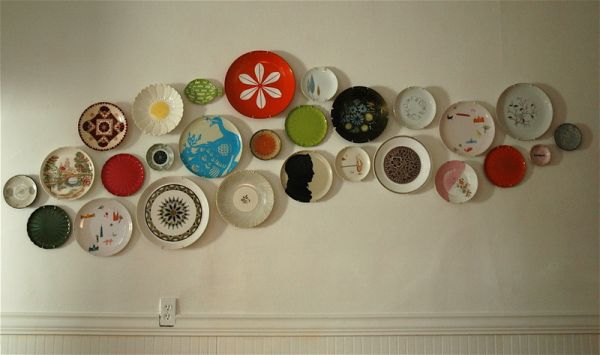& Decorate Walls with Plates