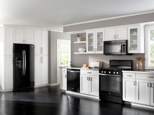 white kitchen cabinets and black appliances how to decorate a kitchen with black appliances 28661