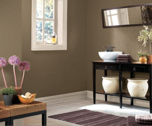 How To Decorate A Bathroom On A Tight Budget