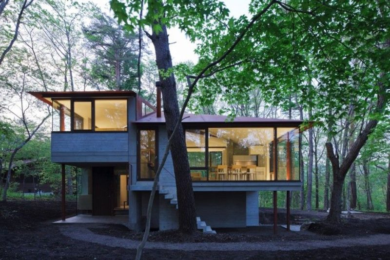 Secluded villa in Nagano features four roofs and stunning views