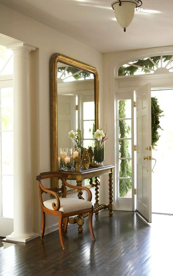How to decorate with mirrors for Hotel foyer decor