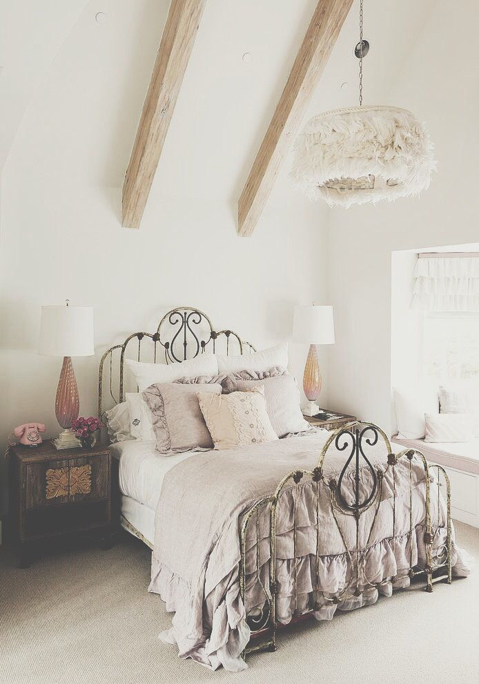 Romantic Bedroom At Night: How You Can Make Your Bedroom Look And Feel Romantic