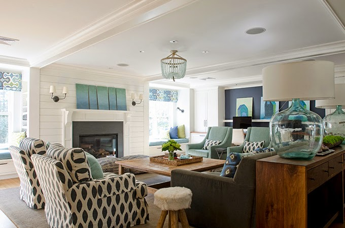 How To Decorate Your Living Room With Turquoise Accents