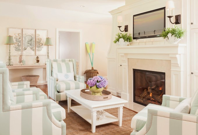 decorating your living room.  How To Decorate Your Living Room With Turquoise Accents