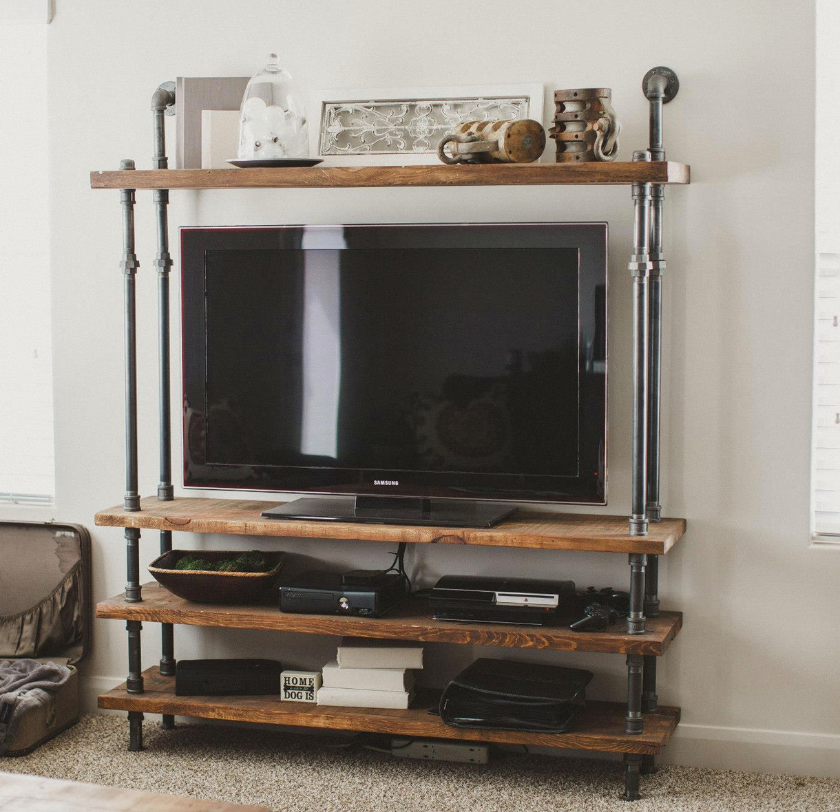 How to choose a tv stand - Media consoles for small spaces plan ...