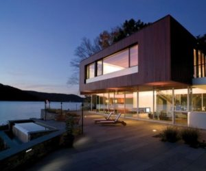 Exotic residence in Lake Candlewood, USA