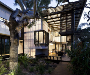 Modern Residence in Queensland, Australia by Bark Architects