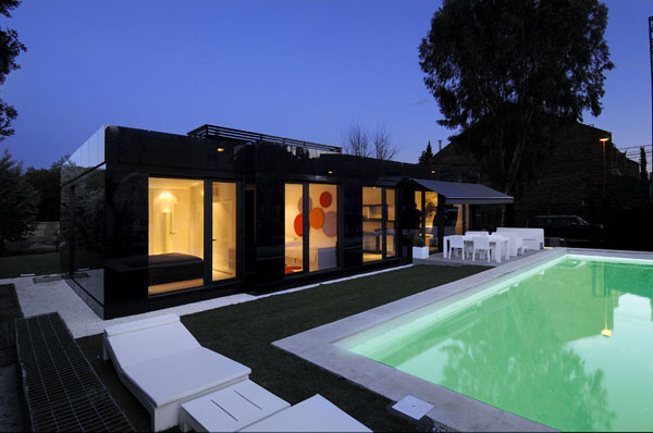 The Contemporary Black And White House By Agi Architects - The-contemporary-black-and-white-house-by-agi-architects