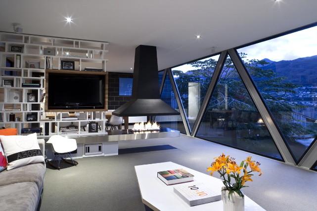 Shallard House Living