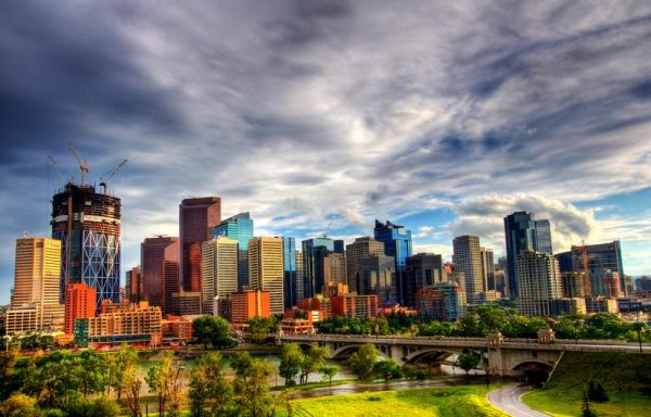 Top 20 Skylines Around the World