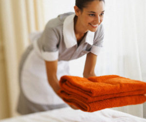 5 Tips to Consider When Hiring a Housekeeping Service