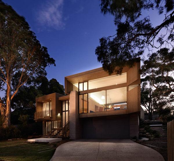 Modern Beachside Residence in Australia