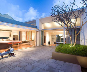 A Warm and Cozy Residence in Australia