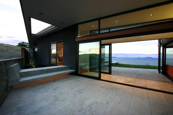 Contemporary House in Auckland4