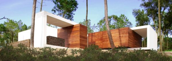 Contemporary House Architecture To Get Surroundings Of Nature - Fantastic-nature-retreat-by-marico-kogan
