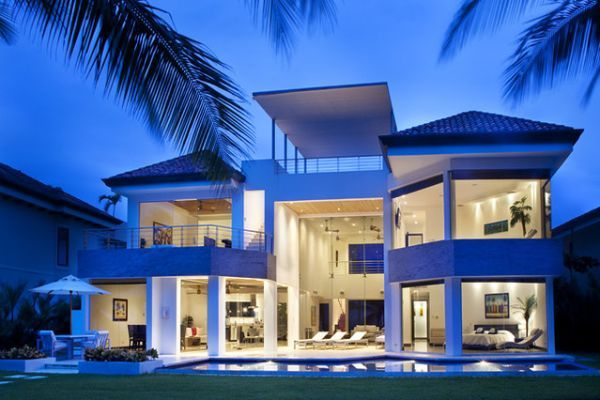 Modern Marcus Beach House in Australia