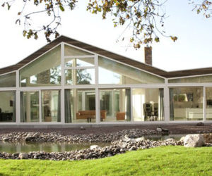 Top Class Glass House in The Netherlands