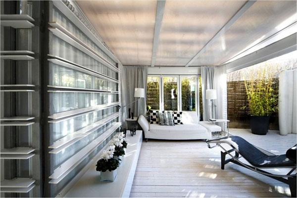 Futuristic Penthouse Apartment In Madrid