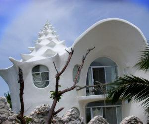 Curvy Spiral House Design