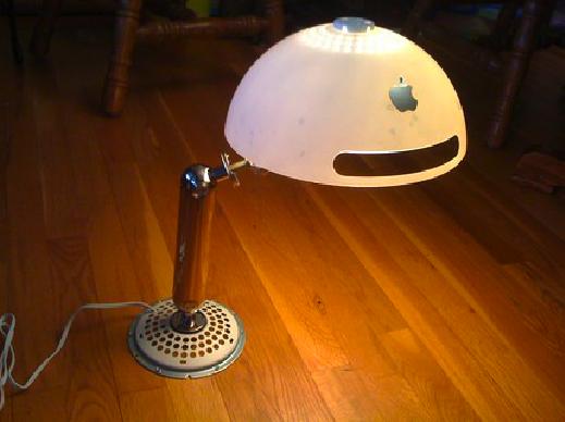 Freestyle LED Desk Lamp