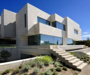Contemporary House in Pozuelo de Alarcón by A-cero