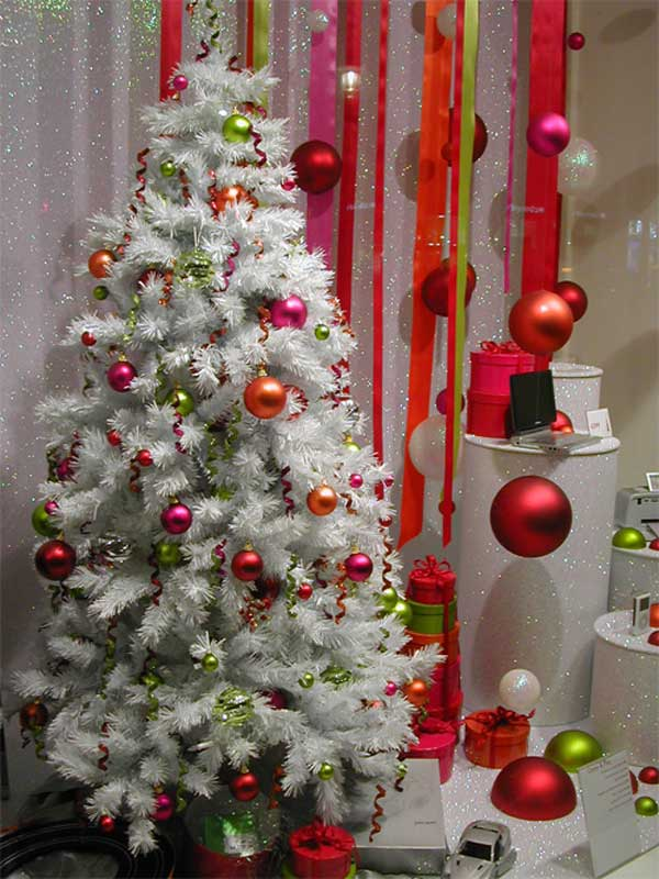 home decorating trends homedit - Year Round Christmas Tree